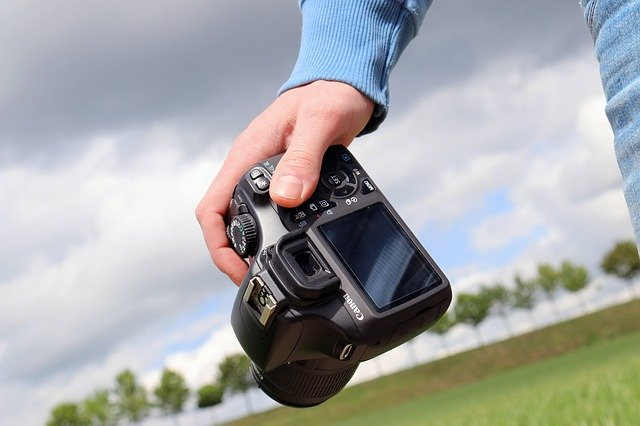 Advantages of Digital Photography and Simple Tips to Start Clicking Away With Your Digital Camera
